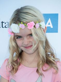 McKenna Grace Photos Photos - McKenna Grace arrives at the 15th Annual Party On The Pier Hosted By Sarah Michelle Gellar at Santa Monica Pier on October 5, 2014 in Santa Monica, California. - 15th Annual Party On The Pier Hosted By Sarah Michelle Gellar