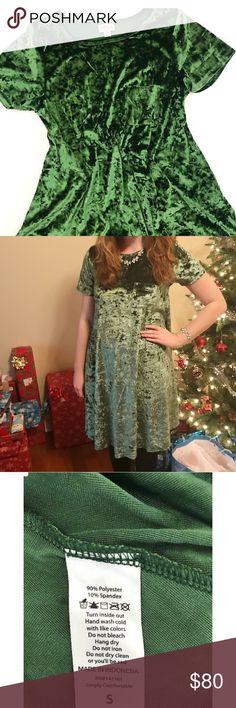 Lularoe Crushed Green Velvet Elegant Carly Dress Lularoe Crushed Green Velvet Elegant Carly Dress. Only worn once on Christmas. Size Small. LuLaRoe Dresses