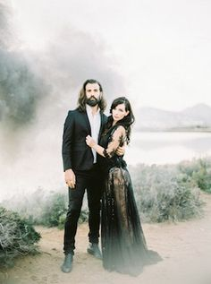 Edgy black wedding inspiration | Ana Lui Photography | see more on: http://burnettsboards.com/2015/05/edgy-flamenco-wedding-inspiration/