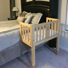 Maple Bedside Crib for Close-Sleeping and Nighttime Nursing Baby Crib Diy, Baby Nursery Diy, Baby Bassinet, Baby Bedroom, Baby Room Decor, Baby Cribs, Baby Cradle Plans, Diy Lit, Baby Co Sleeper