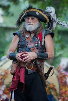 I know this guy! He performs at the Texas Renaissance Festival. Pirate Garb, Pirate Wench, Pirate Wedding, Steampunk Pirate, Fantasy Photography, Pirate Life, Jolly Roger, Fantasy Costumes, Renaissance Fair