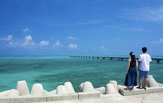 まるで天国まで繋がっているかのよう。コーラルブルーの絶景桟橋