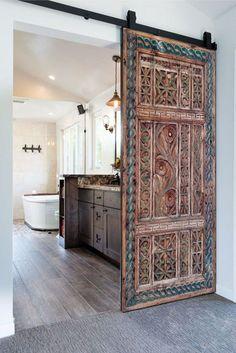 Interior Sliding Barn Doors, Exterior Doors, Interior And Exterior, Door Design Interior, Exterior Design, Hm Deco, Front Door Entrance, Front Doors, Antique Dining Tables