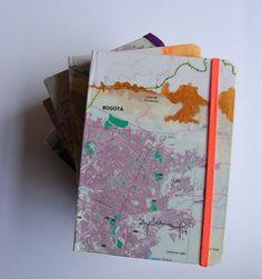 Libretas originales, collage, acrílico, tinta, papel libre de ácido.   Ana Milena Gómez