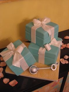 Tiffany boxes with rattle By SeattleCakes on CakeCentral.com