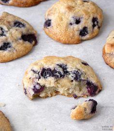 Vegan Blueberry-Almond Cookies