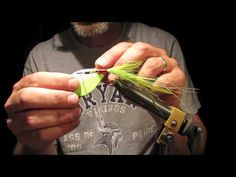 How To Tie a Weedless foam froggy fly