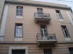 Πίσω στα παλιά : Παλιά σπίτια στα Πατήσια Outdoor Decor, Home Decor, Interior Design, Home Interior Design, Home Decoration, Decoration Home, Interior Decorating
