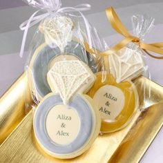 Personalized Wedding Cookies by Beau-coup
