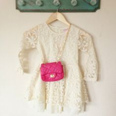 Beautiful Cream Lace Dress    Sizes Available: 2-7Y    * Set include: 1 pcs long sleeve lace dress  * Size as follow: (See size chart photo provided)