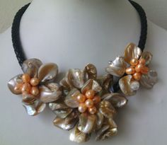 freshwater pearl necklace title=