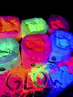 Neon Birthday, Birthday Party For Teens, 18th Birthday Party, Sleepover Party, Sweet 16 Birthday, Birthday Party Themes, Halloween Party Themes, Glow In Dark Party, Glow Stick Party
