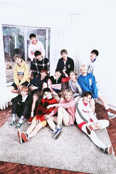 SEVENTEEN Boys that make me smile even after my dog died Seungkwan, Wonwoo, Jeonghan, My Dog Died, English Projects, Carat Seventeen, Choi Hansol, Joshua Hong, Eric Nam