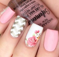 27 Amazing Chevron Pattern Design Nails Pink Nails With Pattern Accent It is trendy to design nails with a chevron pattern. Black and white, green and brown and other color combos for nail art are in. Sparkly Nails, Blue Nails, White Nails, My Nails, Aztec Nails, White Polish, Brown Nails, Jamberry Nails, White Nail Designs