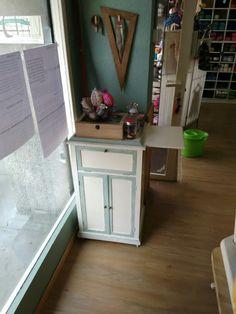mueble costurero