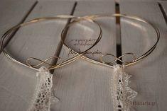 στεφανα γαμου στέφανα γάμου χειροποιητα επάργυρα επάργυρα πορσελανης πορσελάνης πορσελάνινα πορσελανινα χειροποίητα ασημένια ασημενια επίχρυσα επιχρυσα λινατσα λινάτσα vintage ξύλινα ξυλινα μεταξωτά μεταξωτα ρομαντικά ρομαντικα δαντέλα δαντελα τιμές τιμες οικονομικά οικονομικα Our Wedding, Wedding Rings, Dream Wedding, Wedding Ideas, Wedding Wreaths, Wedding Arrangements, Save The Date, Big Day, Silver