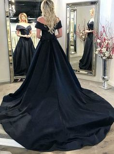 Black v neck long prom dress, black evening dresses Vintage .- Black v neck long prom dress, black evening dresses Vintage Prom dresses,Elegant Evening Dresses prom dresses: Taste life and enjoy unique - A Line Evening Dress, Evening Dresses With Sleeves, Black Evening Dresses, Black Prom Dresses, Prom Dresses For Sale, Dress Black, Evening Gowns, Evening Party, Vintage Prom