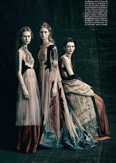 Vogue Italia March 2016 - Allyson Chalmers, Frida Westerlund, Julie Hoomans - Paolo Roversi