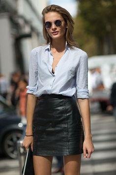 Meninas, existem algumas saias que nunca saem de moda e outras que já deixam o resultado mais moderno e atual!Para você não errar na hora da compra e escolher a saia que combina mais com seu estilo, separei as TOP 5 melhores saias para você investir, tanto modelos mais clássicos, para as mulheres mais elegantes, …