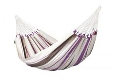Single hammock Caribeña purple is made of pure, high-quality cotton. It is from Colombia, where hammocks have always been an essential part of everyday life. A typical characteristic of all hammocks manufactured in Colombia is the open-loop-suspension. Outdoor Hammock, Hammock Chair, Hammock Stand, Swinging Chair, Indoor Outdoor, Hammock Accessories, Backpacking Hammock, Sectional Sofa With Recliner, Hammocks