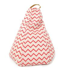 Pull it, sit on it, put your feet up. The options are endless with this Nobodinoz coral chevron stripe bean bag!