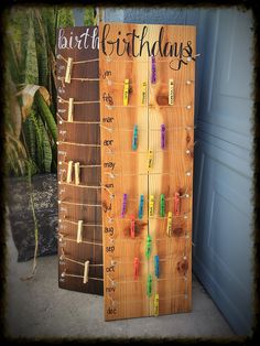 Presents Birthday calendar board wall hanging with colored clothespins Hand painted NO VINYL! Schule Birthday Board calendar clothespins colored geburtstagskalender Schule Hand hanging Painted Presents Vinyl wall Birthday Calendar Board, Family Birthday Board, Birthday Wall, Diy Birthday, Birthday Reminder Board, Family Organization Wall, Family Organizer, Office Organization, Birthday Organizer
