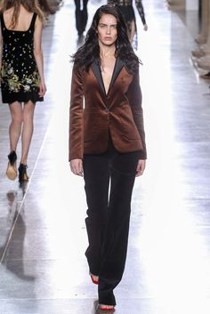 Topshop Unique - Fall 2015 Ready-to-Wear - Look 31 of 41