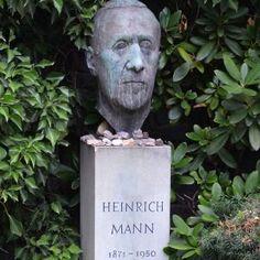 Dorotheenstädtischer Friedhof in Berlin: Keine Hektik, viel Prominenz - SPIEGEL ONLINE