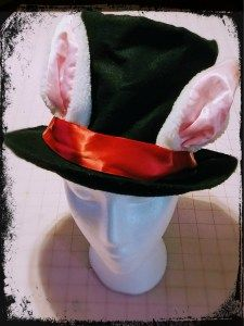 White rabbit hat tutorial for Alice in Wonderland.  Would also be a good Easter bunny project.