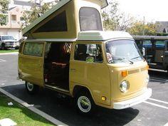 1979 Pop-Top Westfalia Deluxe, oh yes. Volkswagen Westfalia Campers, Bus Camper, Vintage Rv, Vintage Trailers, Vw Cars, Fish Camp, Plein Air, Go Camping, Campervan