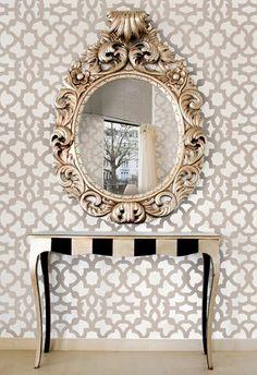 Зеркало как акцент в интерьере