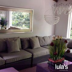 La sala es considerada como el corazón de todo hogar, es por ello que se debe pensar en las últimas tendencias modernas e ideas de diseños de salas actuales como las de #LulasDecoración para darle ese estilo elegante y moderno que este importante espacio de la casa necesita. ¡Visítanos! Estamos ubicados en la transversal 6 # 45 -79 Patio Bonito, Medellín, Tel: 2684641  #interiordesign #home #style #decor #decoración #espacios #ambientes #decohogar #muebles #mobiliario #decoracioninteriores…