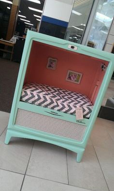 Cat bed made out of old Tv, too cute love the chevron