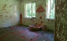 Abandoned House in Virginia. Many of the abandoned houses in Virginia have been reportedly used by alleged satanic cults. Though it looks like blood, officials have confirmed it is just red paint. Photo via Tumblr.