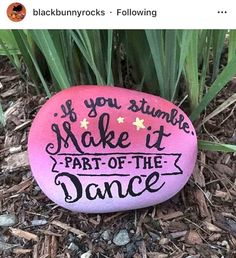 35-Kindness-Painted-Rocks-Quotes-Design-Ideas-17 Pebble Painting, Pebble Art, Stone Painting, Painting Art, Painting Videos, Paintings, Stone Crafts, Rock Crafts, Arts And Crafts