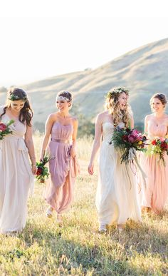 The easiest way to mix and match bridesmaid dresses | Weddington Way