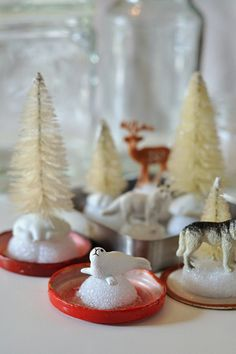 50 DIY Days: DIY Snow Globes! So simple and perfect gifts for the holidays! via: http://thepapermama.com/2012/11/day-11-diy-winter-snowglobes.html