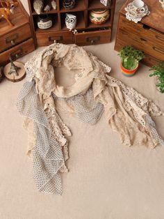 Mori girl pierced lace cotton scarf