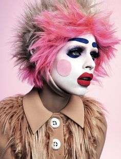 Beauty - Loni Baur MakeUp OMG this is Awesome!!!!!