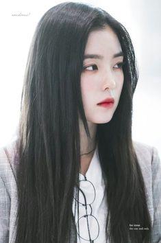 Check out Black Velvet @ Iomoio Red Velvet Irene, Black Velvet, Velvet Style, Seulgi, Korean Beauty, Asian Beauty, Beautiful Asian Girls, Ulzzang Girl, Face Shapes