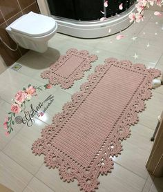 Beige and White Crochet Rug pattern by Julie Oparka Crochet Carpet, Crochet Home, Crochet Rugs, Doily Rug, Crochet Doilies, Baby Blanket Crochet, Crochet Baby, Free To Use Images, Crochet Projects