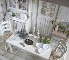 mini shabby kitchen... I'd love to do this!