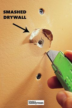 How To Patch Drywall, Drywall Repair, Drywall Screws, Diy Crafts Hacks, Diy Projects, Painting Walls Tips, Diy Household Tips, Home Maintenance Checklist, Project Steps