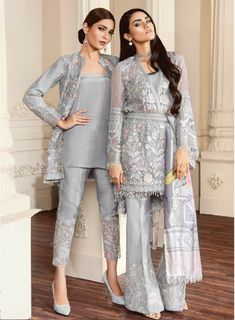 Buy Baroque Chantelle Embroidered Chiffon Collection – 07 - Fiona at YourLibaas. Shop online for Original Pakistani Party Wear Chiffon Suits. Pakistani Fashion Party Wear, Pakistani Formal Dresses, Pakistani Wedding Outfits, Pakistani Dress Design, Indian Fashion, Pakistani Dresses Online Shopping, Pakistani Suits Online, Pakistani Designer Suits, Suits Online Shopping