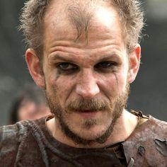 Gustaf Skarsgård viking floki