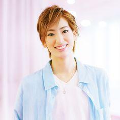 宙組・愛月ひかるさん「休日は、朝から晩まで自宅で宝塚鑑賞」【宝塚スターの幸福時間】Marisol ONLINE|女っぷり上々!40代をもっとキレイに。