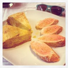 Day #236 - traditional lunch of Spanish potato & onion tortilla omelette with tomato bread