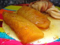 Un ananas rôti qu'on va préparer la veille, de façon à laisser se développer tous les parfums. Parfait avec un sorbet passion.