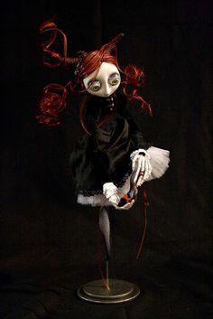 "Drala ""The red shoes"" - Christine Polis: Art Dolls"