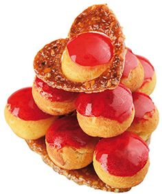 Mon chou de Christophe Roussel Profiteroles, Eclairs, St Honore Cake, Christophe Roussel, French Cake, French Patisserie, Molecular Gastronomy, Trifle, Aesthetic Food